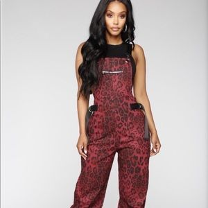 Brown Fashion Nova Leopard Jump Suit ! Wmns L ✨!